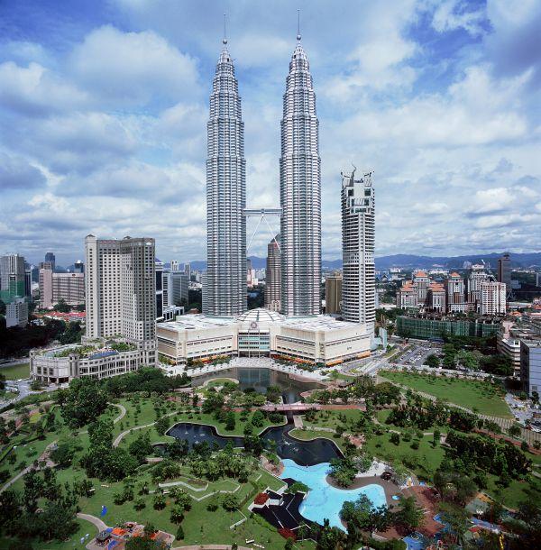 Petronas Twin Tower - Kuala Lumpur City Centre