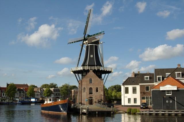 Molen-de-Adriaan-in-Haarlem