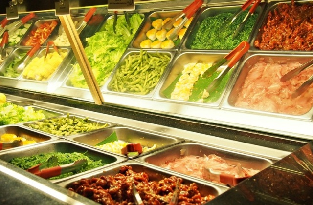 One Utama Food Rocku Yakiniku BBQ Restaurant 03BuffetCounter1
