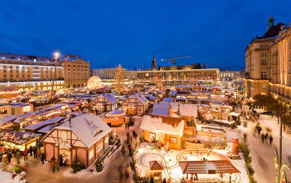 dresden-striezelmarkt-view